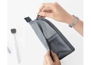 standing-wash-pouch-charcoal