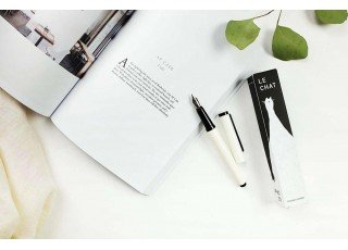 fountain-pen-le-chat-white