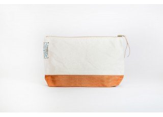 cotton-canvas-pouch-04-light-khaki