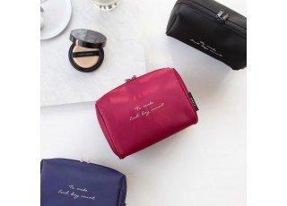 plain-make-up-pouch-wine